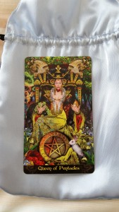 Pentacles Queen